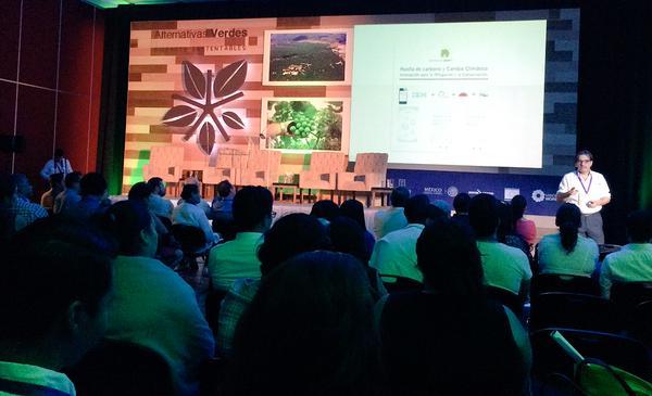 foto FR conferencia Morelos